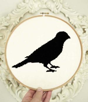 LiTTLE BIRD CROSS STITCH KIT