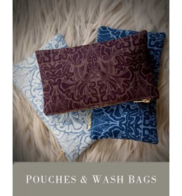 POUCHES & WASH BAGS